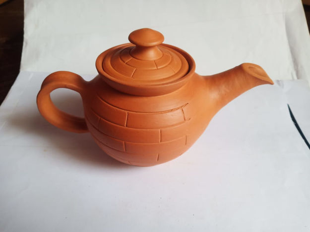 Picture of Terracotta Kettle with Lid - Pack of 1 (Available in 2 Designs)